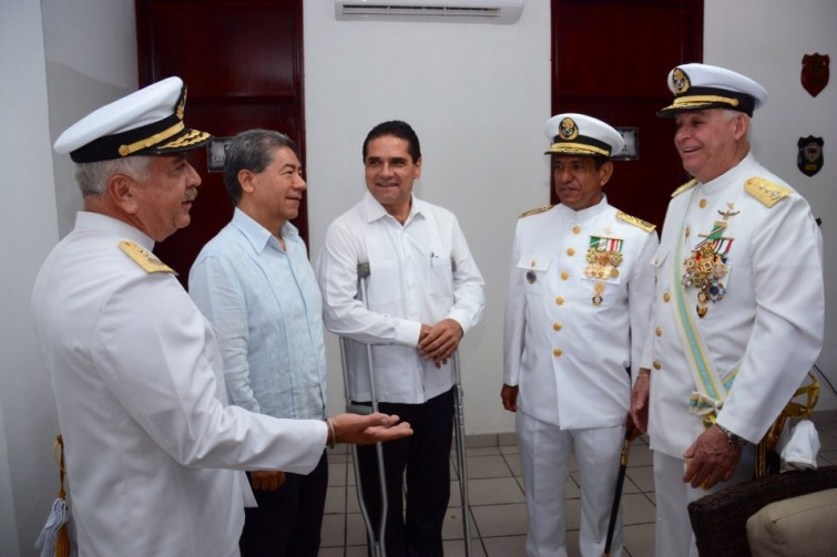 Silvano Aureoles_Naval (6)